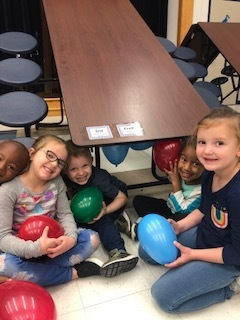 Pre-k lesson on static electricity.