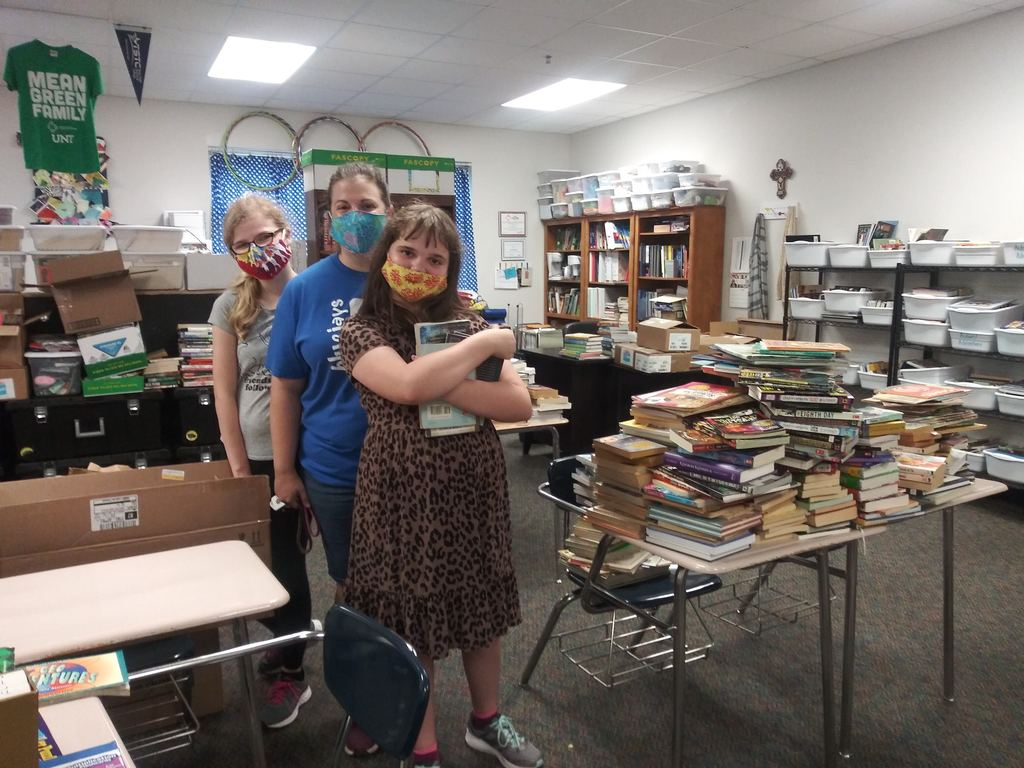 Shout out to Audrey York for initiating a very successful book drive for Bluejays Read! Neither age nor a pandemic is holding her back from serving our community.